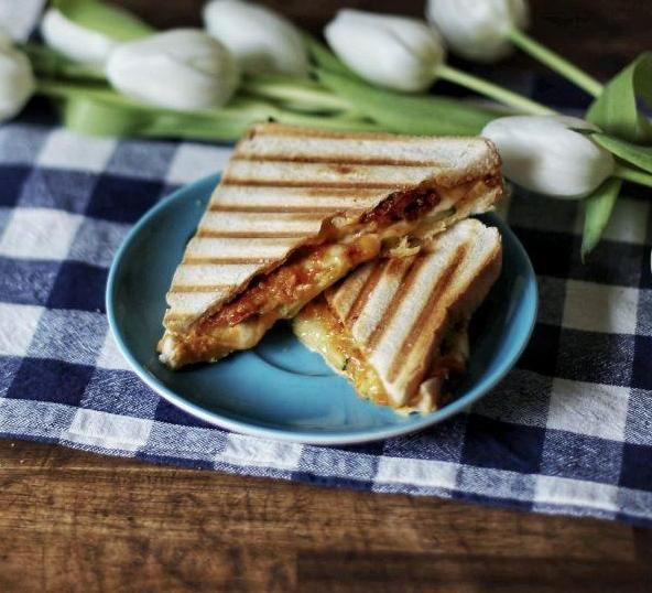 Toastie Antipasti vegan